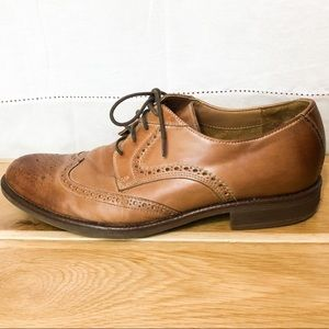 Tan Bostonian oxfords